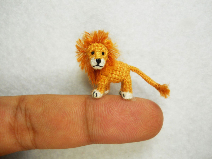 miniature-crochet-animals-by-su-ami-12-700x525
