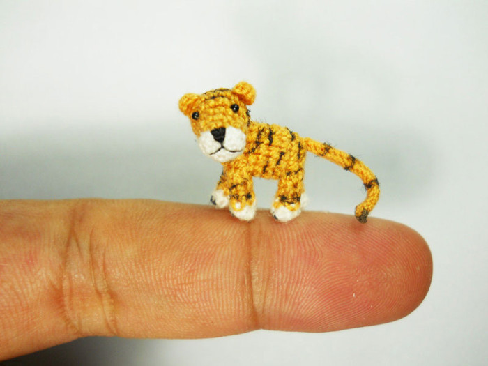 miniature-crochet-animals-by-su-ami-24-700x525