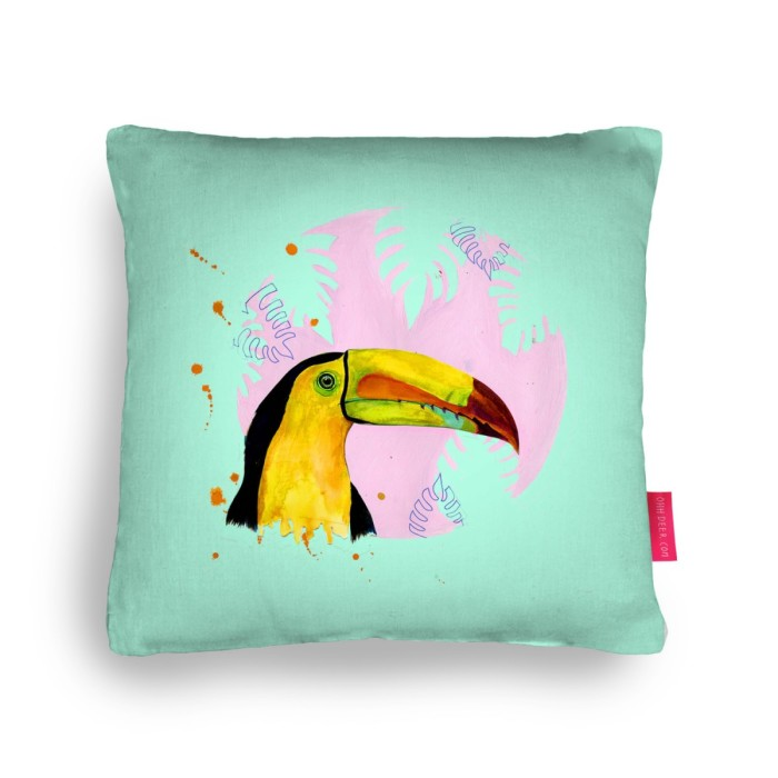 processed_toucan_cushion_95ddd484736e867efedd9dd91965b91a