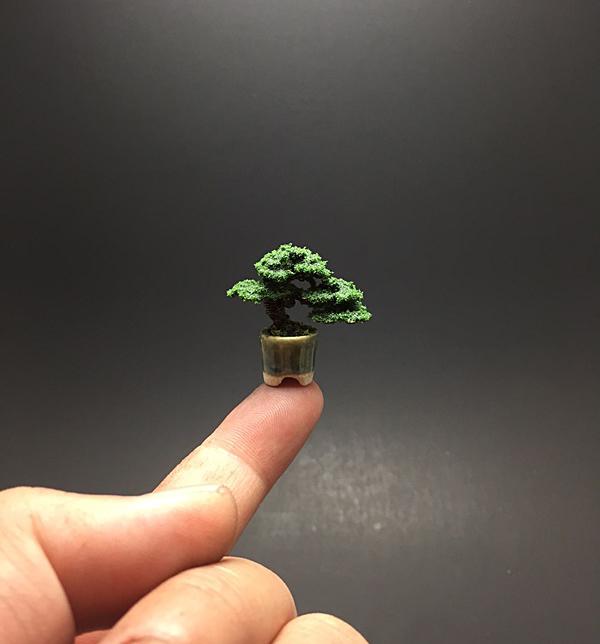 mame_flocked_wire_bonsai_tree_by_ken_to_by_kentoart-d8qu6x4